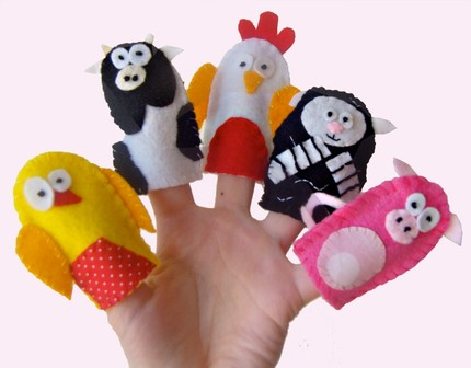 Fun with the farm animals finger puppets