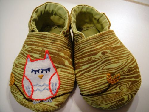 Baby shoes 001